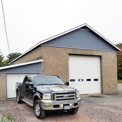 Garage with Offices for Lease